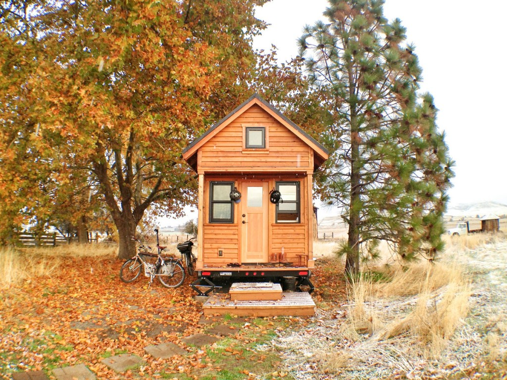 start a blog about tiny homes